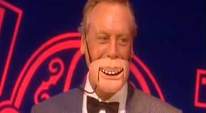 Human Ventriloquist Dummy – Paul Zerdin